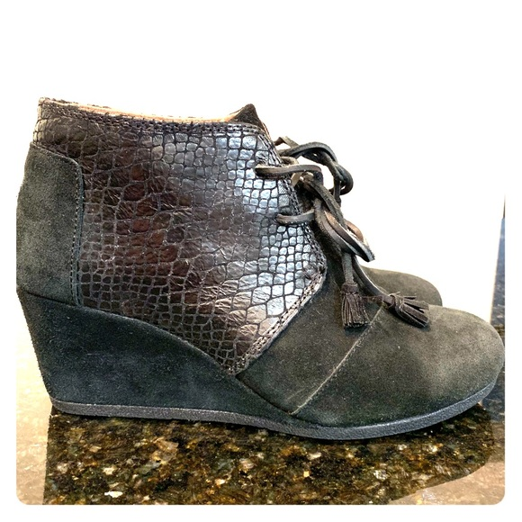 0dc3c1f4e7d TOMS Kala Bootie Women s Oxford suede and snake. M 5bc4a5536197456bcaf8af74